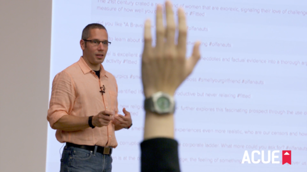 News Roundup: Incorporating Technology Into Lectures